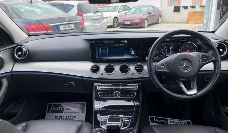 Mercedes E220d – Premimum Line 2016 tam